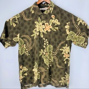 Mens Hawaiian silk short sleeve button down shirt